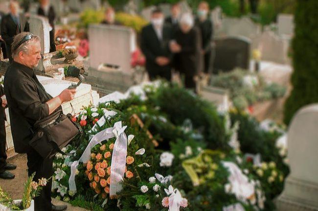 online temetésközvetítés